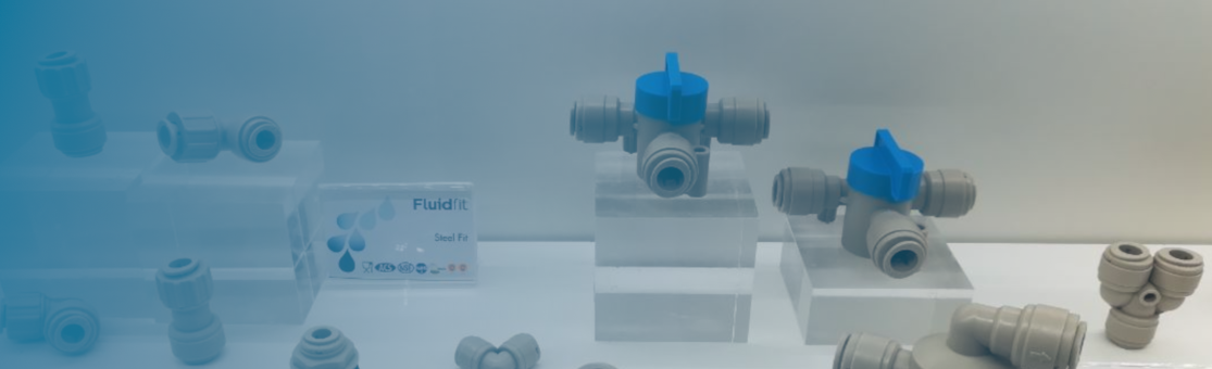 Fluidfit® push-fit connectors compatible with connectos from John Guest® or DMfit®.